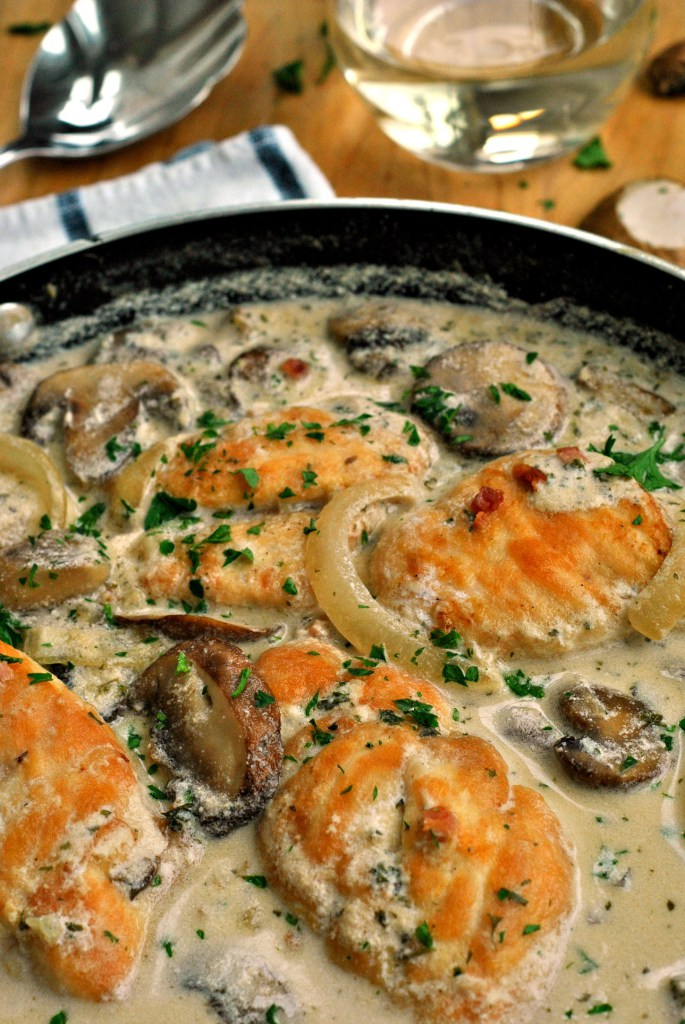 Chicken in Creamy White Wine Sauce from Go Eat and Repeat