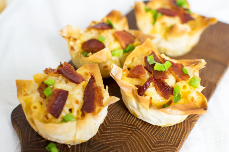 Handheld bacon + mac n cheese bites!! Don't forget to add scallions for garnish -- because you need those veggies! ha!