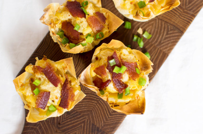 Handheld bacon + mac n cheese bites!! Don't forget to add scalions for garnish -- because you need those veggies! ha!